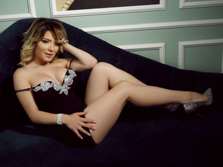 VickyZane ,  girl Cams , I want to be your desire and your everything tonig