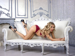 livesex video HornyDoll69