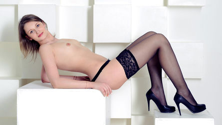 JuliaFresh | LiveJasmin