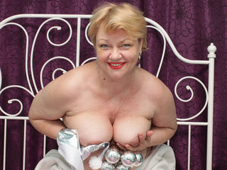 VIVO.webcam XHoneyLadyX (60) MILF with big breasts