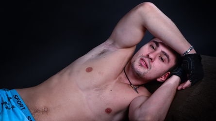 00YoungJock