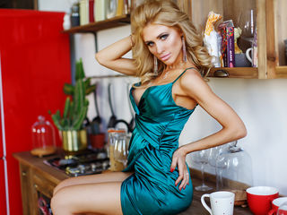 PatriciaGoddess ,  girl Cams , I like guys who are polite, and know how to treat