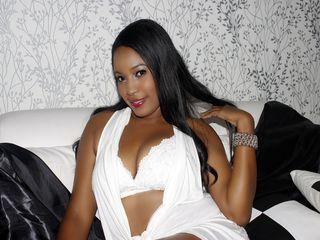 Cam girl AlainneHot's live sex chat room on ChatWebcams.xxx