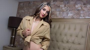 ValerieAbney | Jasmin