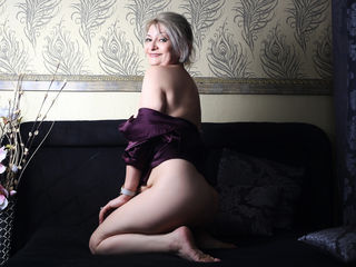KateMilf actor - mature lady, big tits - english,...