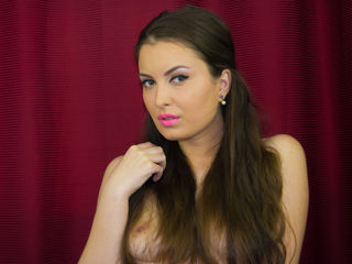 jasmin webcam model IssaButterflyy