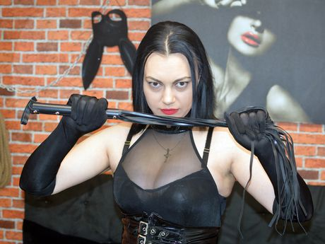 Live show with Mistress KalypsoDomme