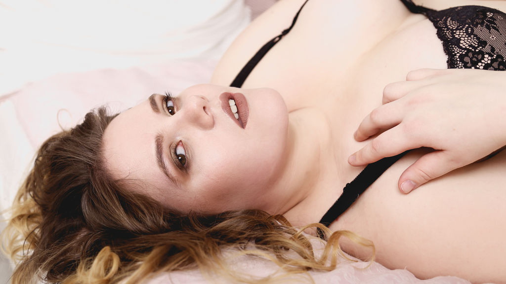 FireworkDiana online at GirlsOfJasmin