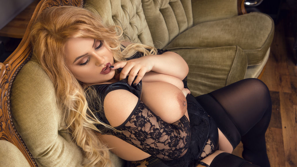 AkiraRossi online at GirlsOfJasmin