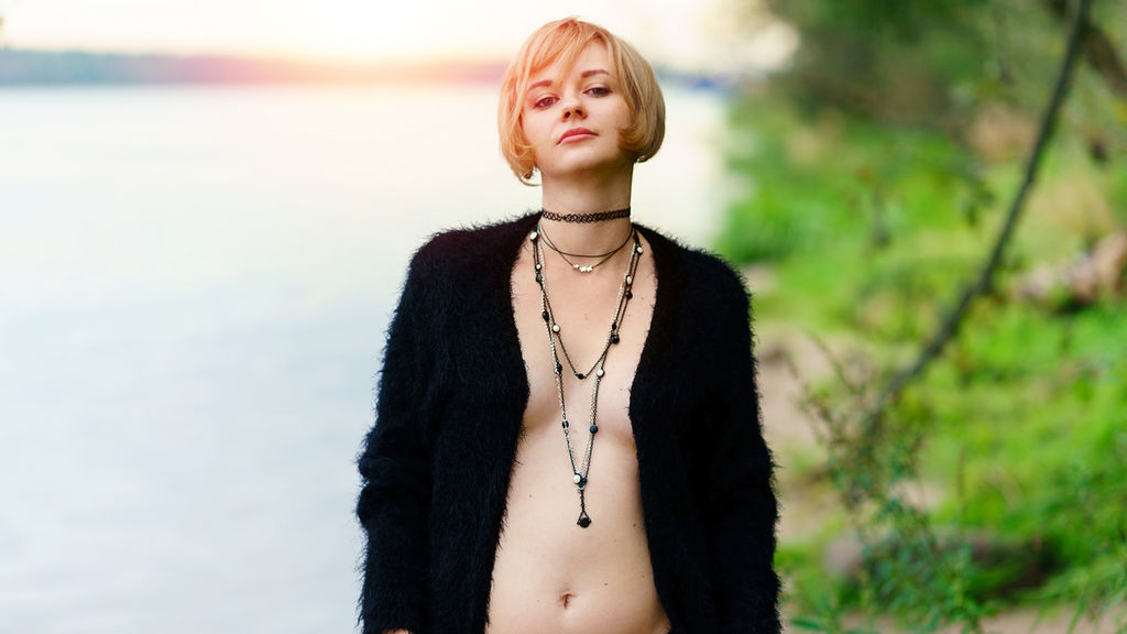 MolliDream online at GirlsOfJasmin
