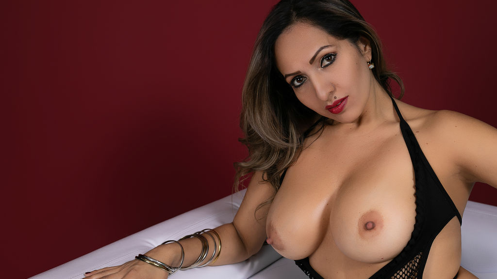 Watch the sexy hornyashley from LiveJasmin at GirlsOfJasmin