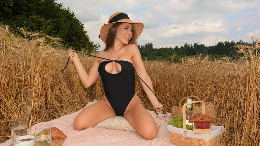 MellyMoue's hot webcam show – Girl on LiveJasmin