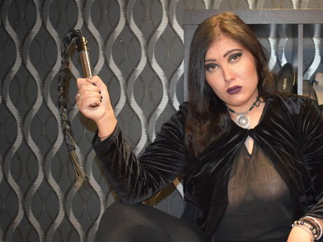 Live show with Mistress MistressLunaX