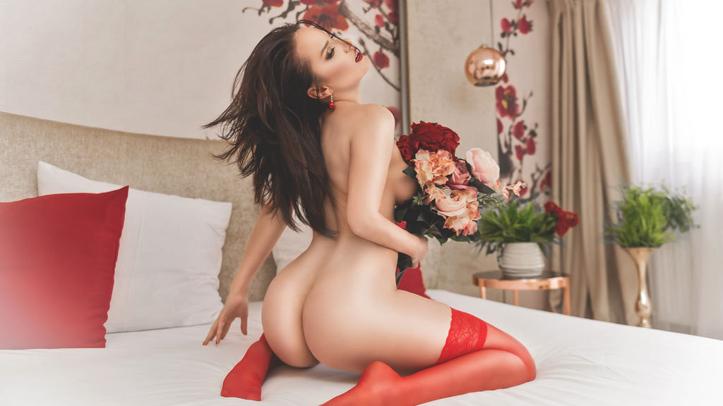 Watch the sexy Ellektraxx from LiveJasmin at GirlsOfJasmin