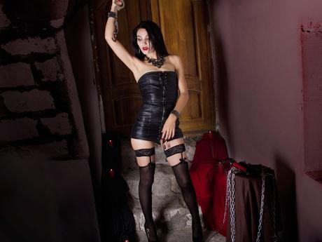 Live show with Mistress EvieMoss