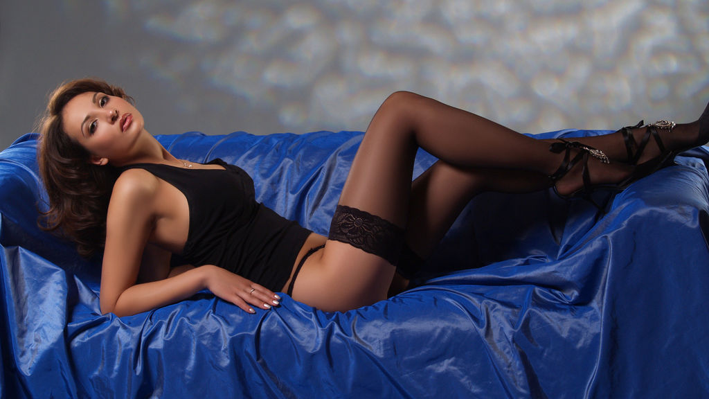 Discover and Live Sex Chat with ViktoryaX on Live Jasmin