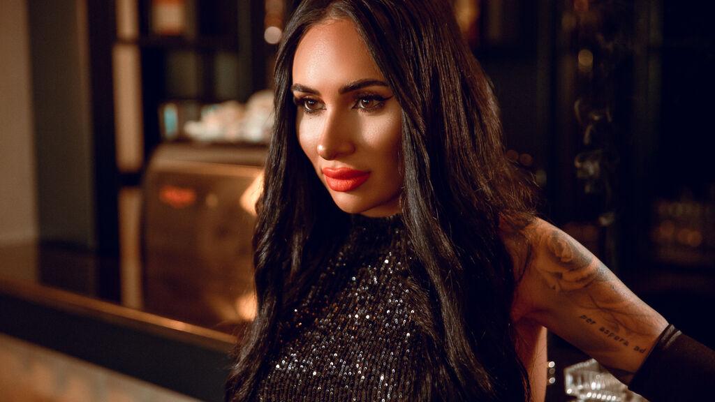 Greenguy Latina porno