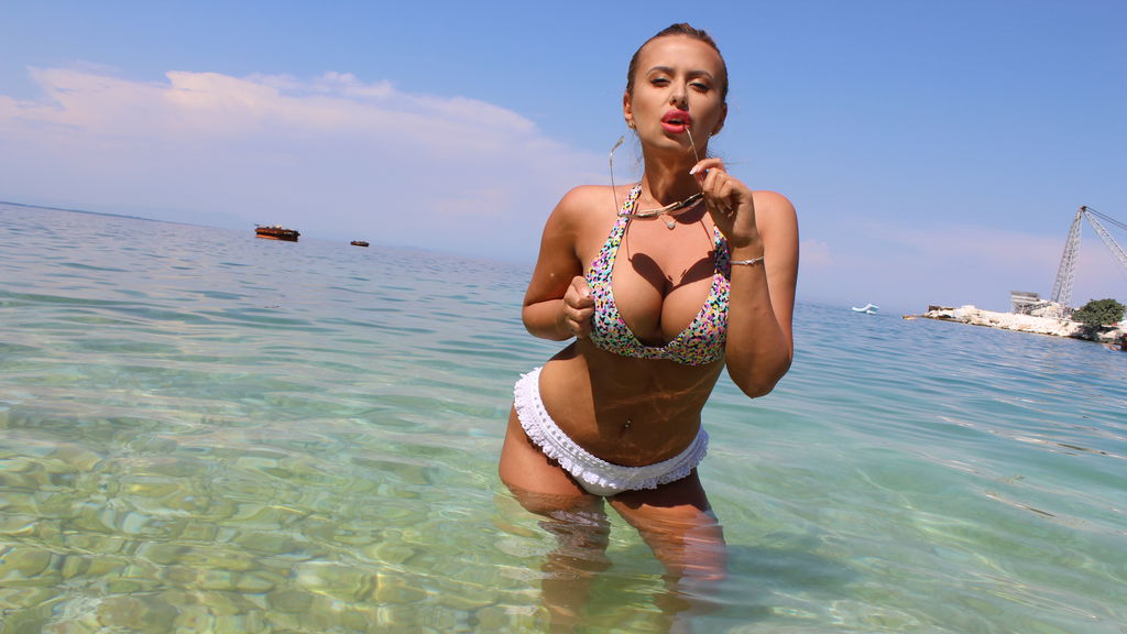 Watch the sexy Anerix from LiveJasmin at GirlsOfJasmin