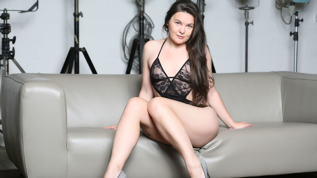 Watch the sexy AhProvoCat from LiveJasmin at GirlsOfJasmin