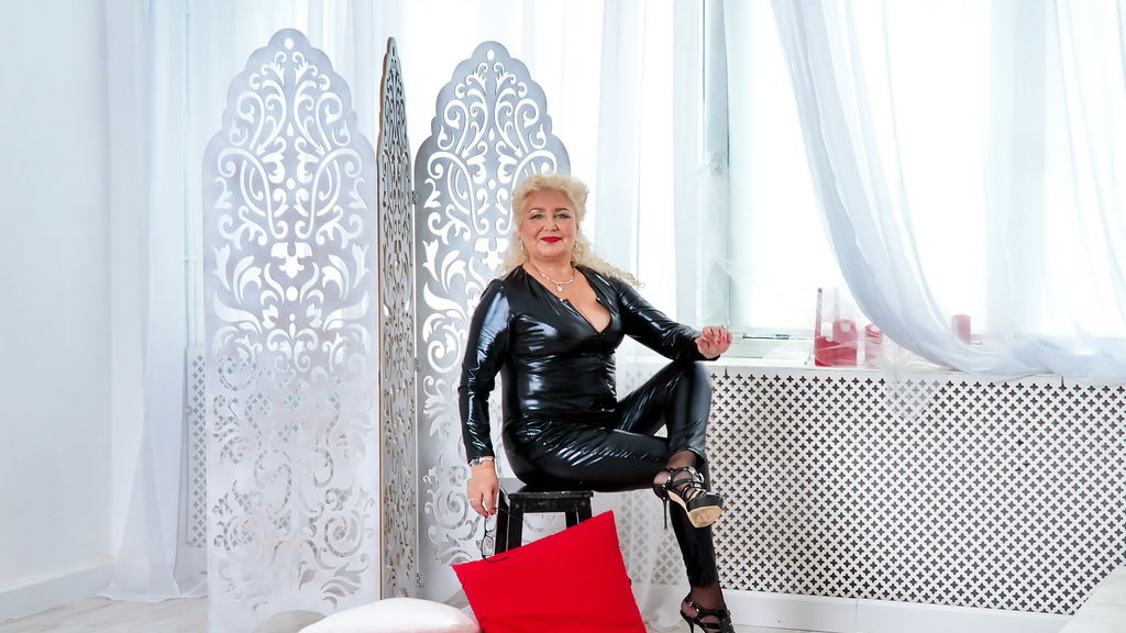 Watch the sexy GrannyNeeeds from LiveJasmin at GirlsOfJasmin