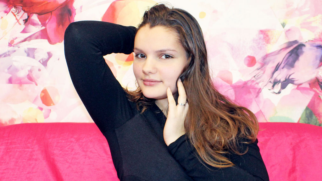 MichelleViolet online at GirlsOfJasmin