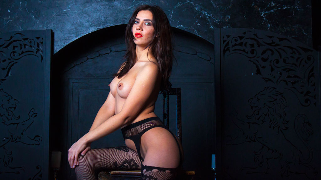 LoraMillerV online at GirlsOfJasmin