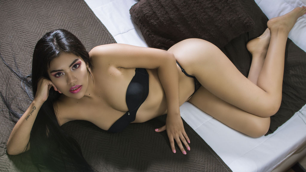 AmyFuentes online at GirlsOfJasmin