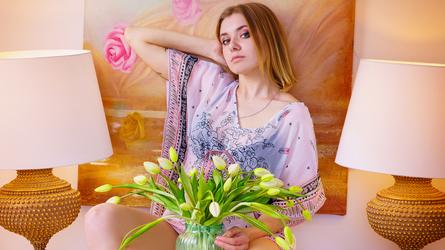 NicoleGlossy