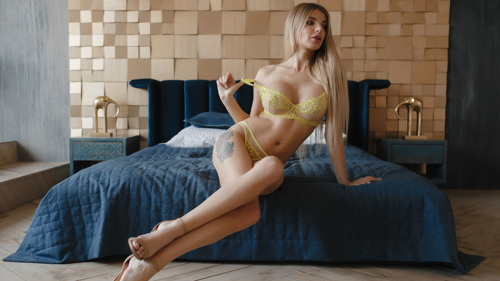 Statistics of ChloeJackson cam girl at GirlsOfJasmin